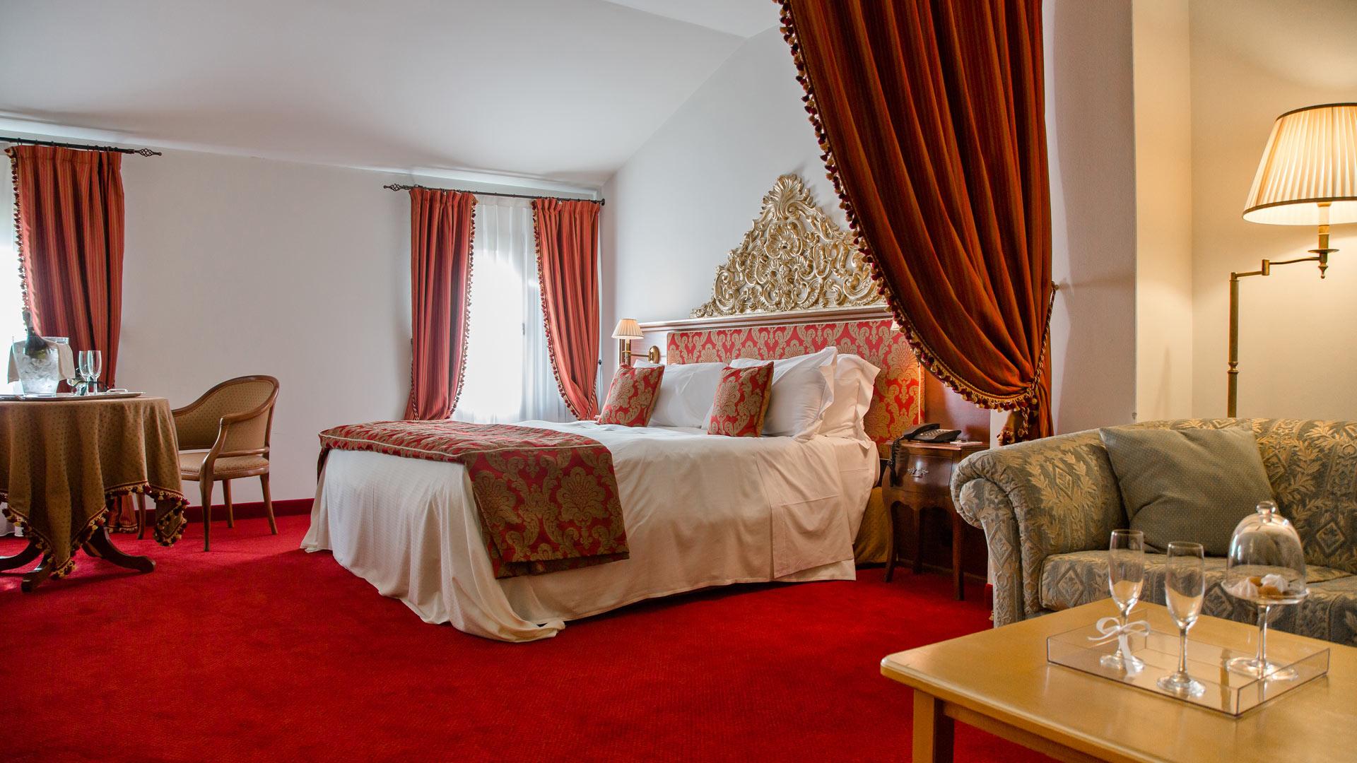 Executive garden hotel villa condulmer for Executive garden rooms